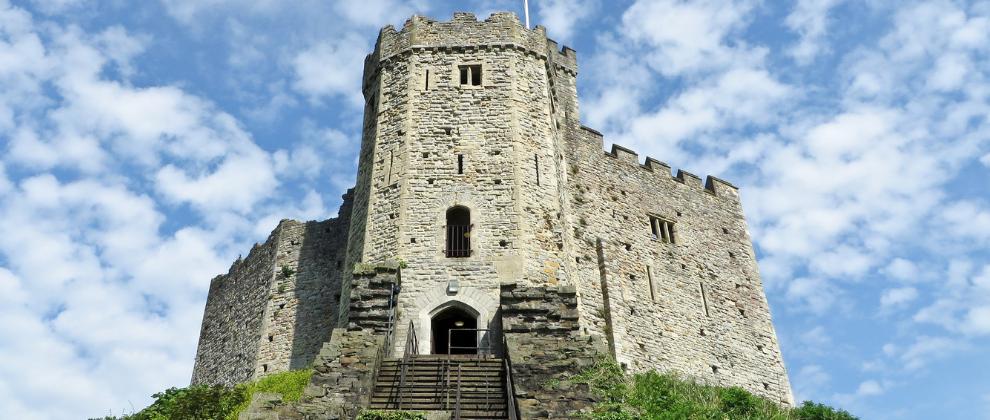 grad cardiff castle